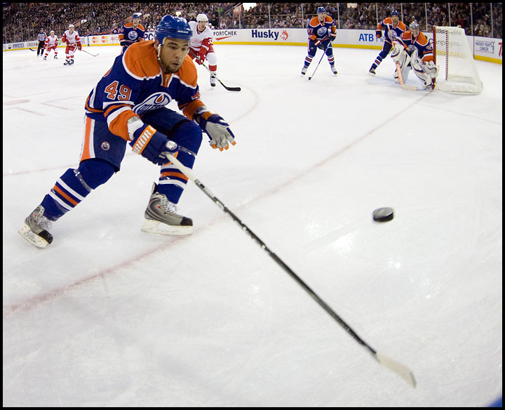rj_oilers_wings_291009_05