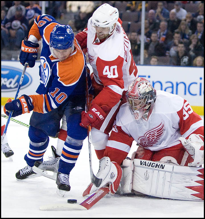 rj_oilers_wings_291009_08