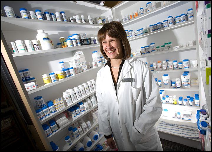 rj_pharmacy_201009_01
