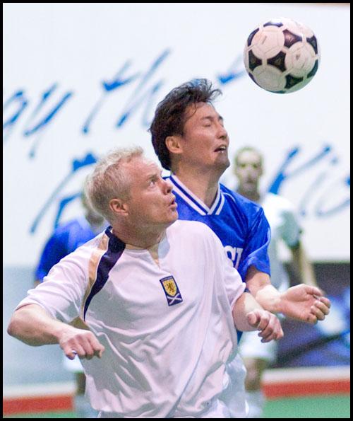 rj_soccer_030410_05
