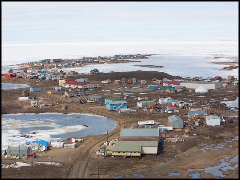 NWT Inuvik to Tuk FP story -  Aerial shot of the houses  in the hamlet of Tuktoyaktuk, NWT. Photo: Ryan Jackson. June 10, 2013. Financial Post