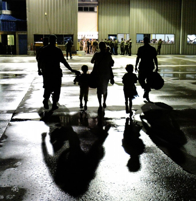 Canadian soldiers arrive at the Edmonton International airport from a six month duty in Afghanistan. 2006.